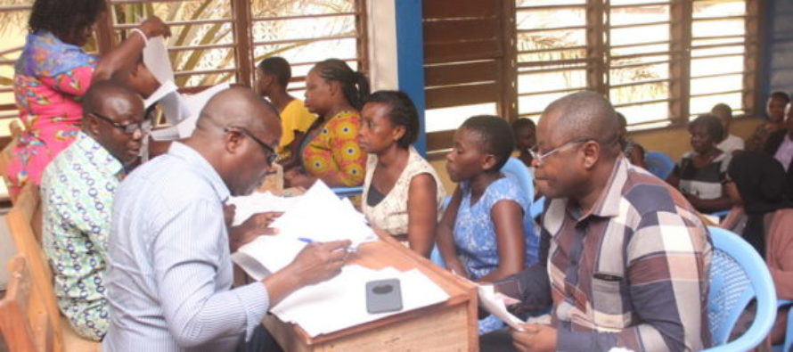 Heritage Bank donates thousands of math books to support free SHS
