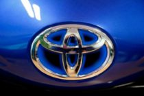 Toyota recalls 700,000 cars amid fears over airbags