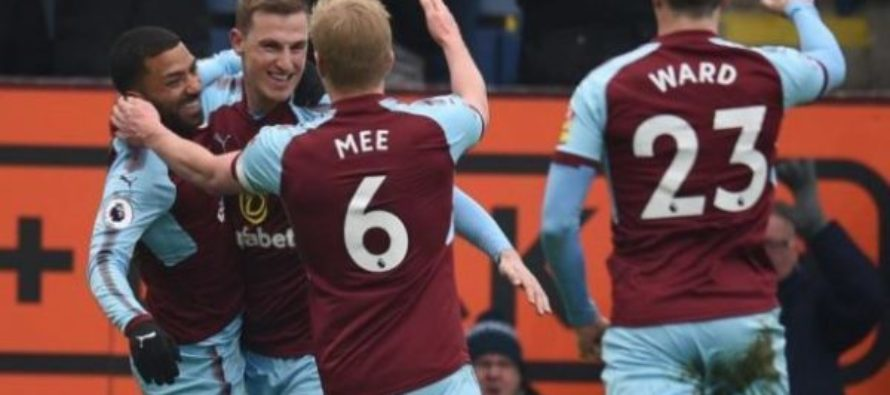 Burnley 2-1 Everton: Clarets come from behind to beat Toffees
