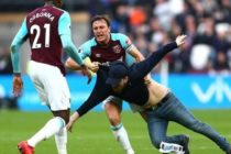EPL on Citi: Protest mayhem in West Ham defeat, Pardew on brink