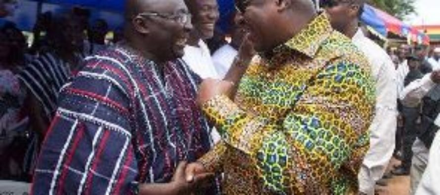 Mahama mocks Bawumia over cedi depreciation