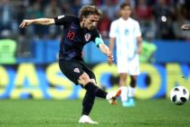 Croatia destroy Argentina to book place in last 16