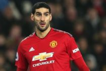 Man United in talks with Chinese club over sale of Fellaini