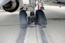US airport worker killed by exploding tyre