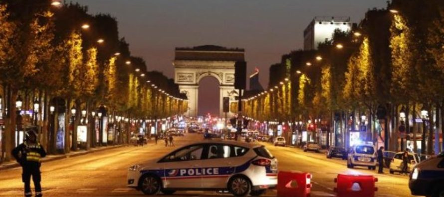 Police officer killed, two wounded in Paris shooting