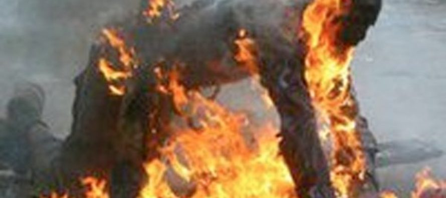 Man, 63 sets himself on fire over wife's funeral