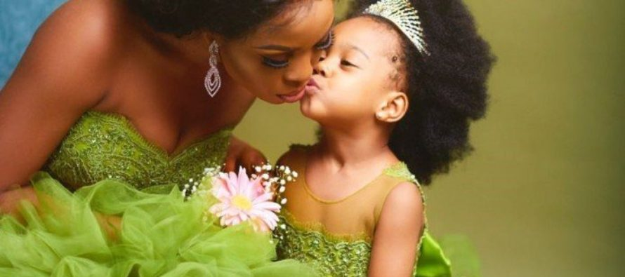 Photo:Mother and daughter in lovely photoshoot