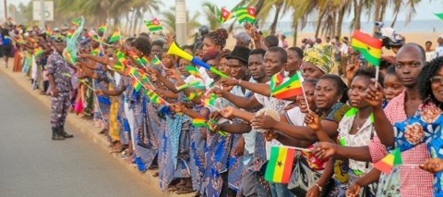 Akufo-Addo arrives in Togo to rousing welcome