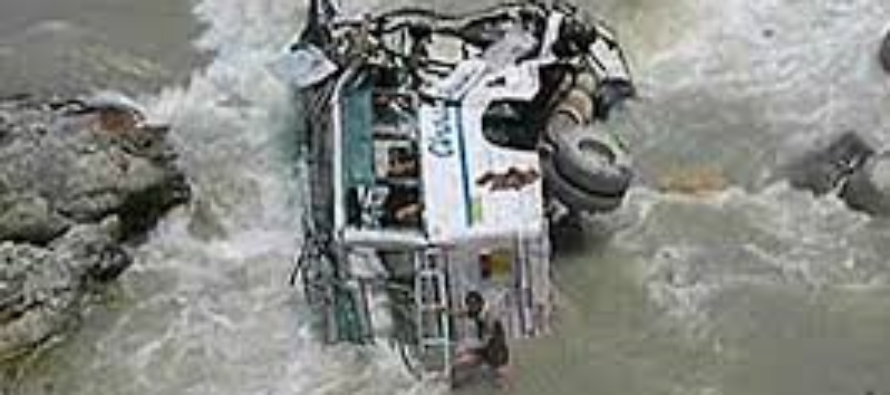 Private bus falls into river in India, Killing 44 people