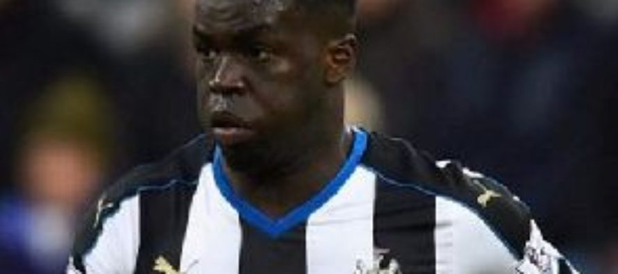 Ivorian midfielder Cheick Tiote dies after collapsing in training