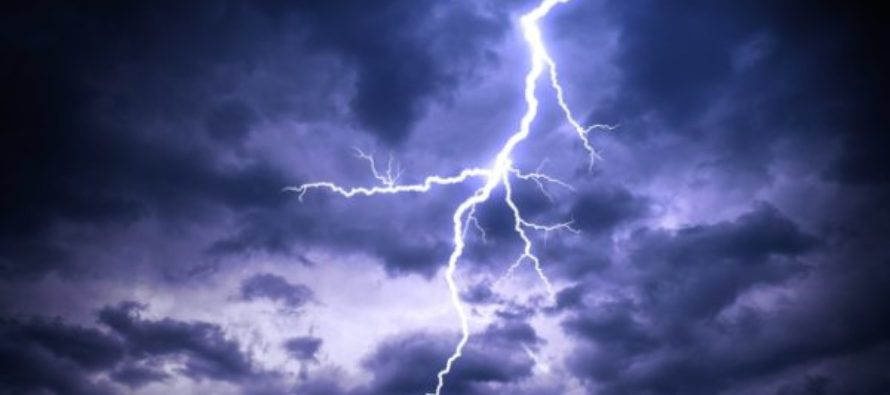 Lightening kills trader at Pai Katanga