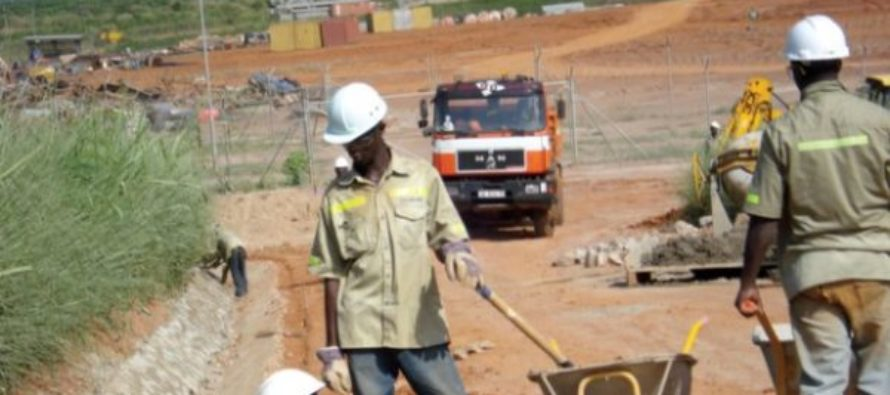 Local contractors lament delays in payment from gov't