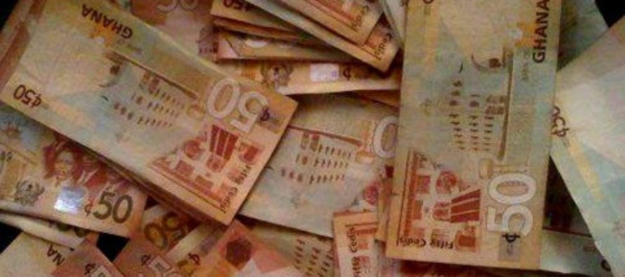 Traders losing hope as gov't loses hold on Cedi