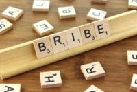 """""""Poorest people twice as likely to pay bribes as the rich"""" – Report"""