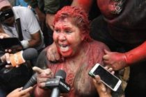 Bolivia mayor has hair forcibly cut by crowd of protesters