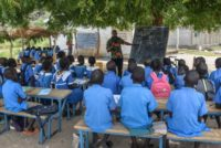 Cameroon government shuts down hundreds of schools
