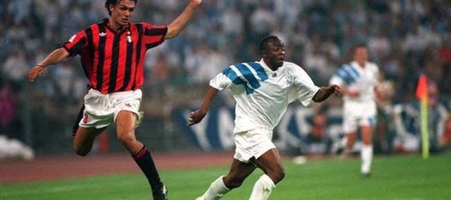 Abedi Pele sheds tears after meeting coach who discovered him