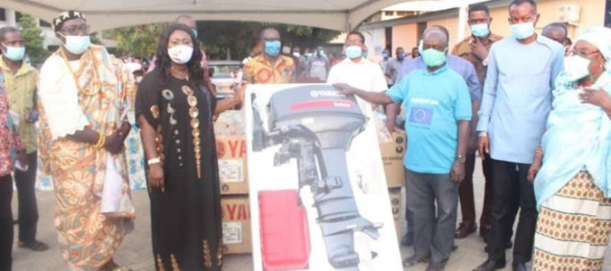 Volta Fishers take delivery of 200 subsidised outboard motors